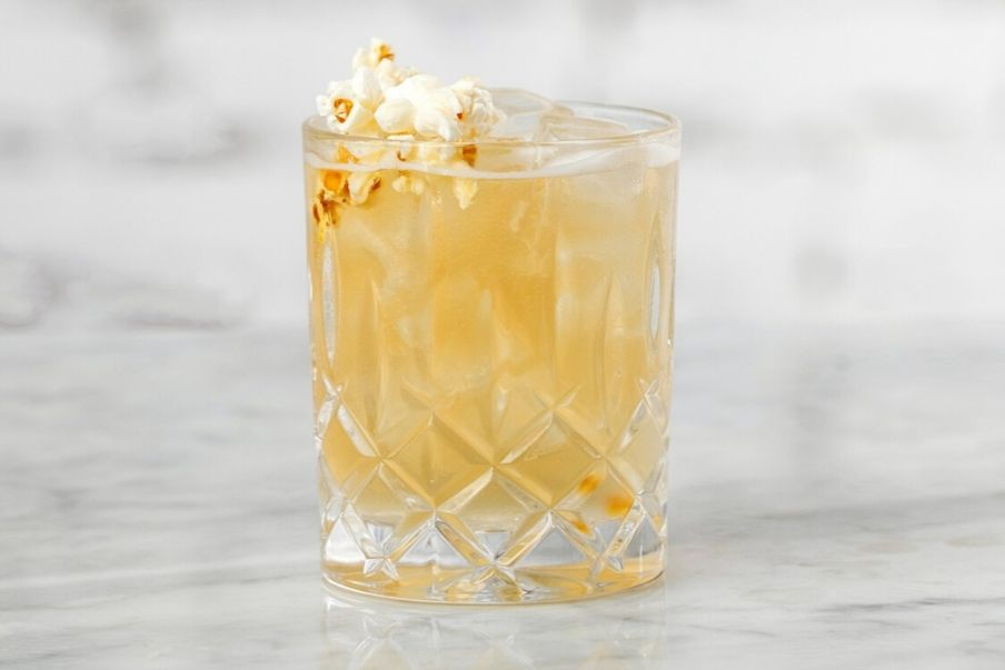 poptail cocktail with rum and popcorn