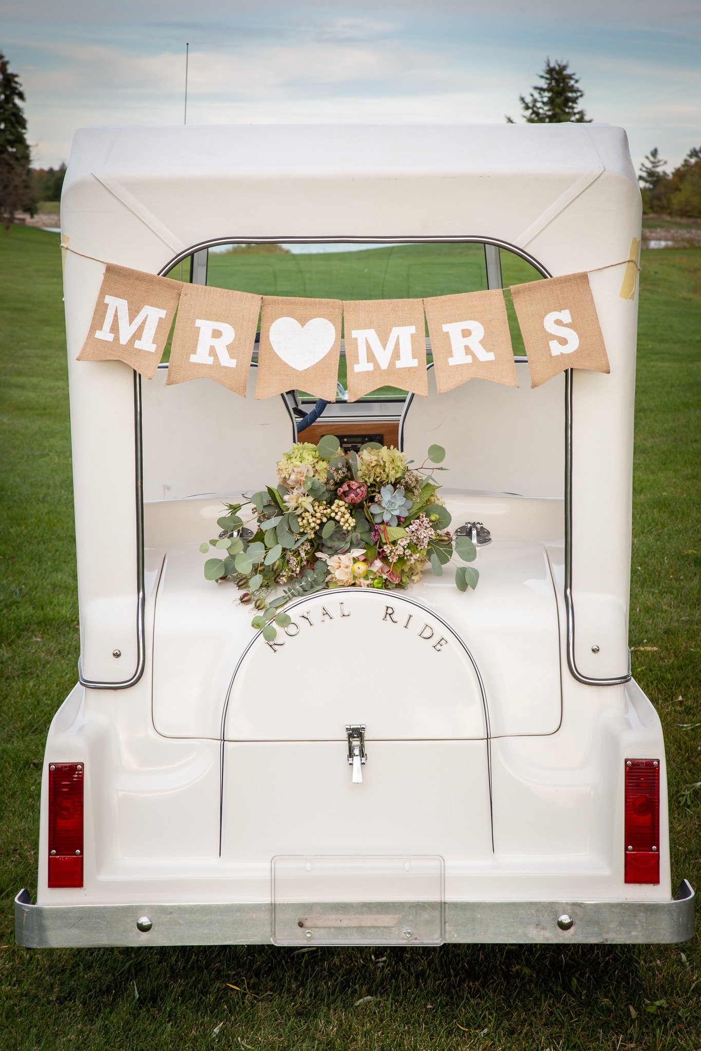 golf cart for newlyweds